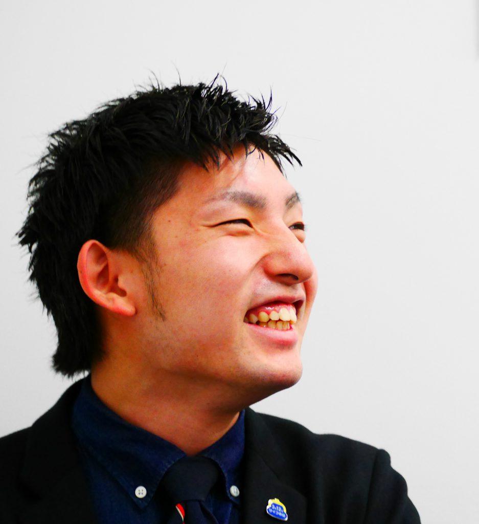 眞鍋雄太  MANABE YUTA  20012年4月入社